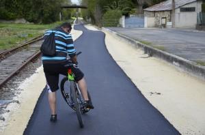 20140331_dépose enrobé piste cyclable_0050